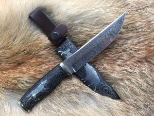 """Нож """"Охота на кабана"""" (Vanadis10, черный граб, деревянные ножны, инкрустация)"""