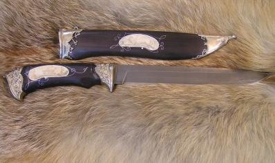 Нож Лис (Булат, граб, художеств. литье, вставки из резной кости)