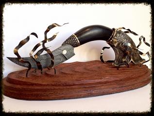 Нож Щука (Дамаск, граб, художественное литье)