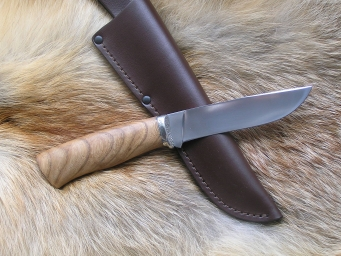 Нож Клык (M390, американский орех, мельхиор)